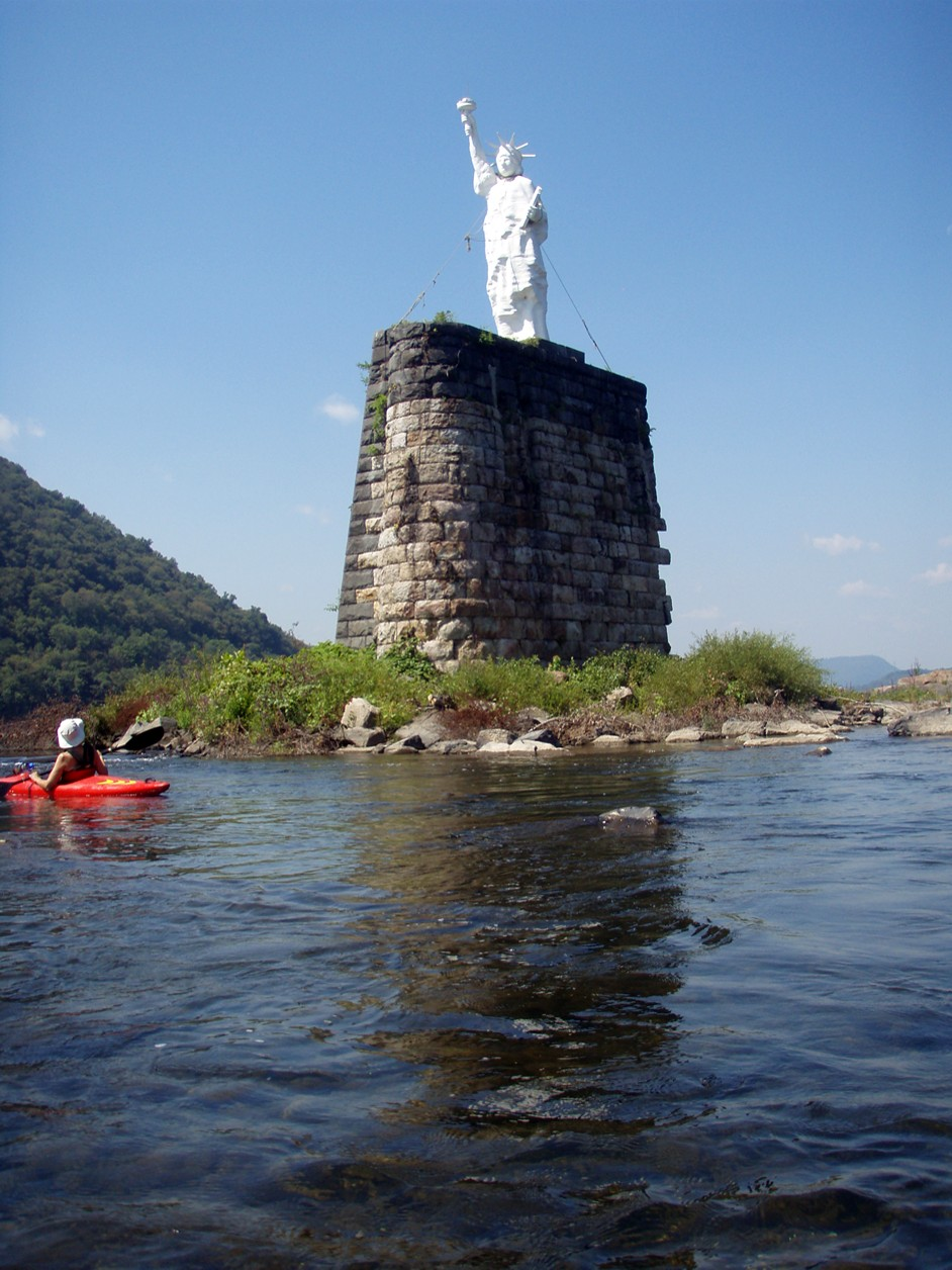 Susquehanna River Statue of Liberty.